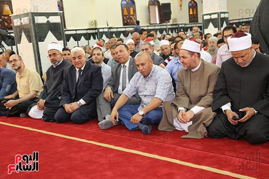 محافظ المنوفية يفتتح مسجد سيدى محمد بقرية زرقان (1)