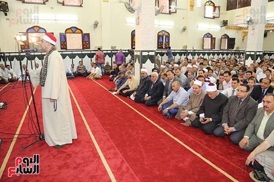 محافظ المنوفية يفتتح مسجد سيدى محمد بقرية زرقان (2)