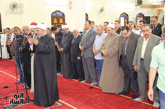 محافظ المنوفية يفتتح مسجد سيدى محمد بقرية زرقان (5)