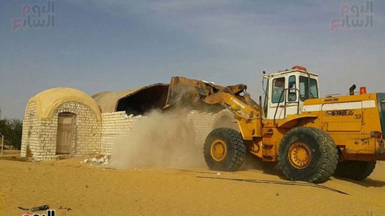 إزالة التعديات على 510 ألف فدان بمشروع استصلاح 1.5 مليون فدان (2)