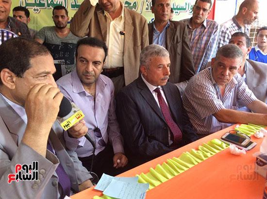 محافظ الغربية يفتتح ملعبًا لكرة القدم بمركز شباب ميت حبيب فى سمنود (11)