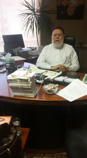 توقيع عقد كتاب تحت عنوان عقيدة أهل السنة والجماعة لاحمد جمعة (3)