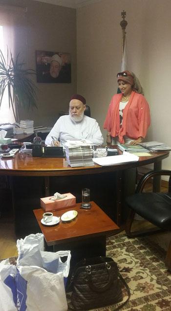 توقيع عقد كتاب تحت عنوان عقيدة أهل السنة والجماعة لاحمد جمعة (5)