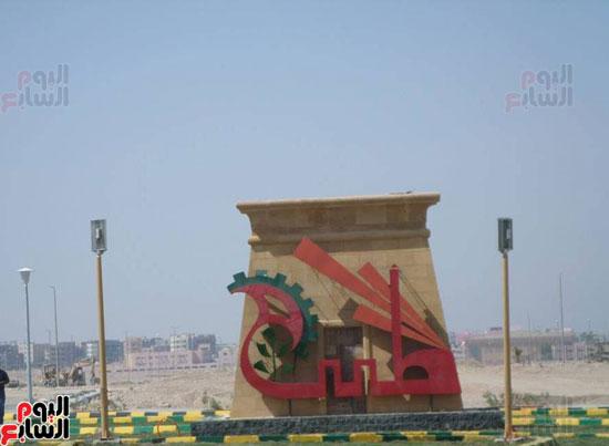 محافظ الأقصر محمد بدر (3)