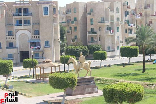 محافظ الأقصر محمد بدر (12)