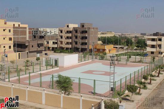 محافظ الأقصر محمد بدر (13)