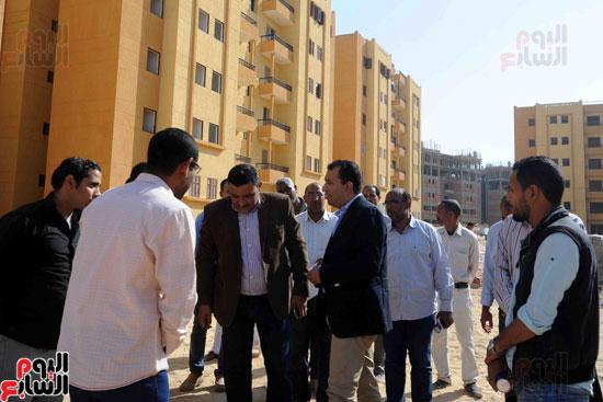 محافظ الأقصر محمد بدر (14)
