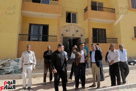 محافظ الأقصر محمد بدر (16)