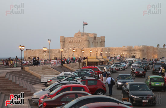 ساحة قلعة قايتباى (1)