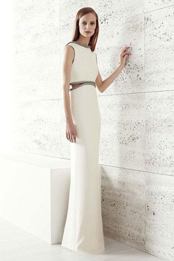 فستان أبيض طويل بقصة مستقيمة لصاحبة الجسم النحيف -اليوم السابع -7 -2015