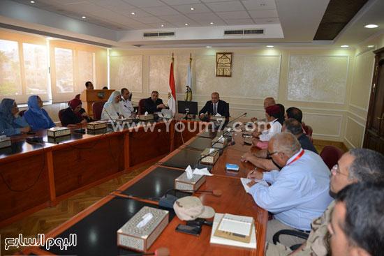 محافظ مطروح يوقف مدير مستشفى الضبعة عن العمل -اليوم السابع -7 -2015