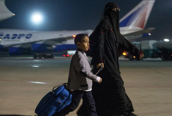 أحد المواطنين الذين تم إجلاؤهم من اليمن -اليوم السابع -7 -2015