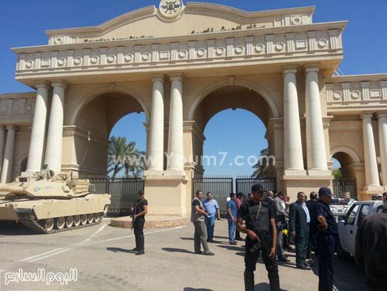 قوات الأمن المركزى أمام الإستاد  -اليوم السابع -7 -2015