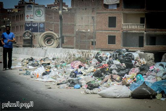 القمامة أعلى الدائرى وغياب هيئة الطرق والكبارى  -اليوم السابع -7 -2015
