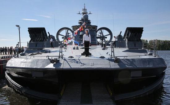 المعرض الدولي العسكري البحري في مدينة سان بطرسبورغ  72015312584793472015312234722509081