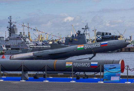 المعرض الدولي العسكري البحري في مدينة سان بطرسبورغ  72015312584793472015312381422509141