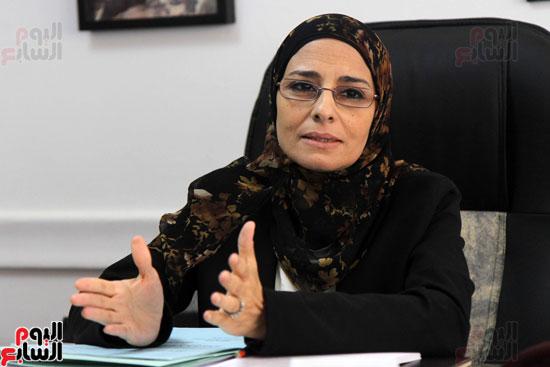 – المستشارة سوزان فهمى مساعد وزير العدل لقطاع المرأة والطفل وحقوق الإنسان (2)