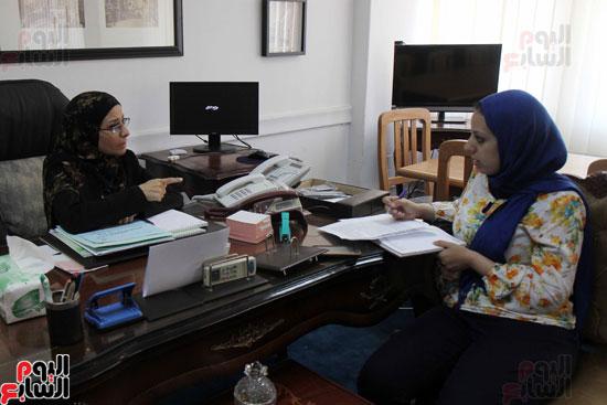 – المستشارة سوزان فهمى مساعد وزير العدل لقطاع المرأة والطفل وحقوق الإنسان (5)