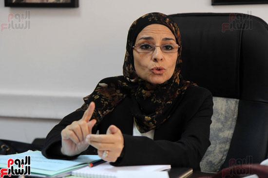 – المستشارة سوزان فهمى مساعد وزير العدل لقطاع المرأة والطفل وحقوق الإنسان (6)