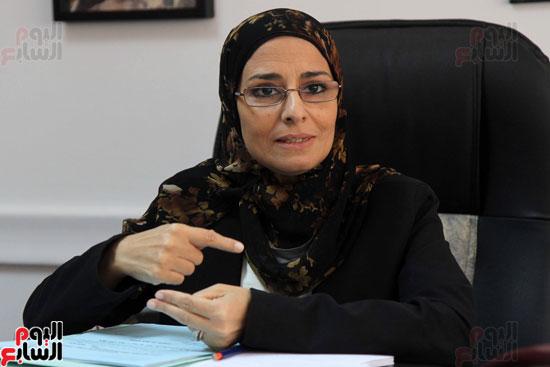 – المستشارة سوزان فهمى مساعد وزير العدل لقطاع المرأة والطفل وحقوق الإنسان (7)