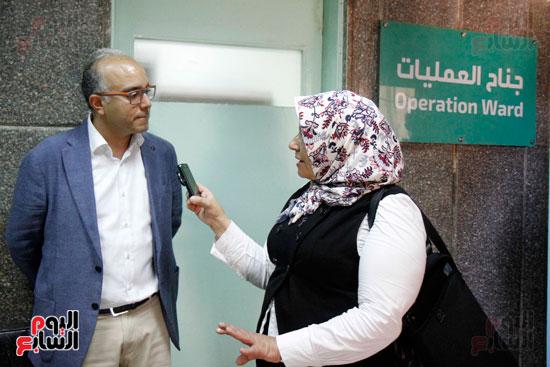الدكتور طارق شعراوى أستاذ الرمد بجامعة جنيف (7)