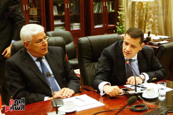لجنة العلاقات الخارجية (5)