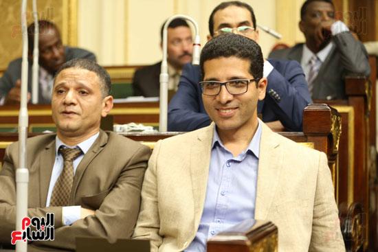 مجلس النواب الجلسة العامة (13)