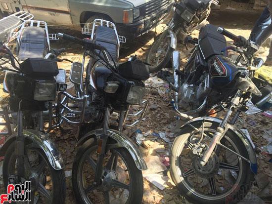 حملة أمنية على قرية الضما (1)