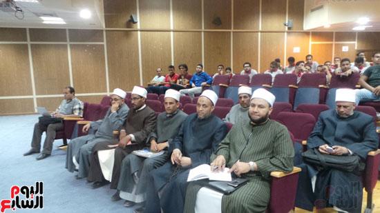 بدء لقاء وكيل الأزهر بشباب جامعة الإسكندرية (4)