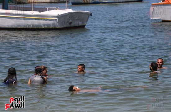 شواطئ اسكندرية (14)