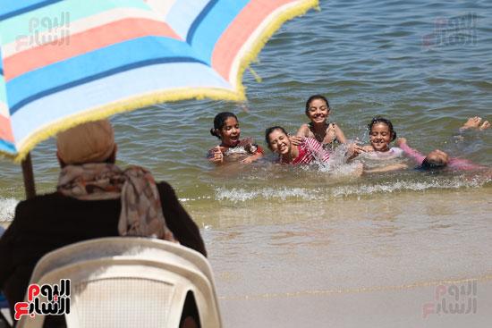 شواطئ اسكندرية (15)