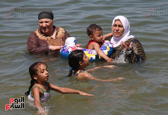 شواطئ اسكندرية (20)