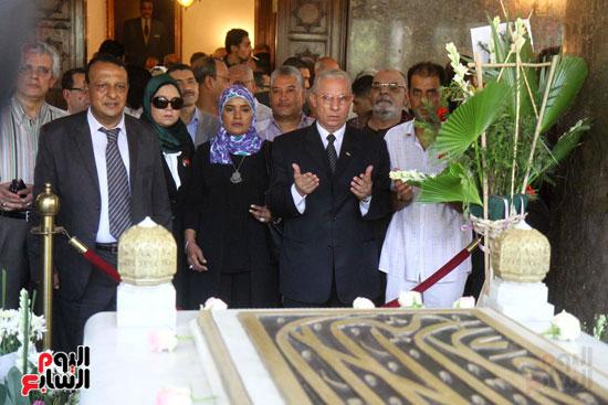 1ضريح جمال عبد الناصر (9)