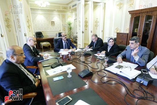 لجنة القوة العاملة (2)