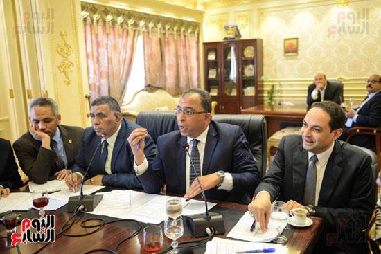 لجنة القوة العاملة (5)