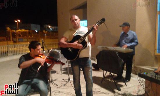اعضاء-فرقة-الموسيقى-العربية--(1)