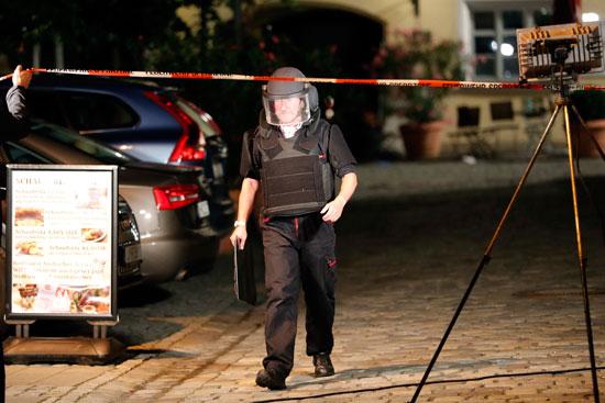 تفجير-مطعم-بمدينة-انسباخ-الألمانية-(10)