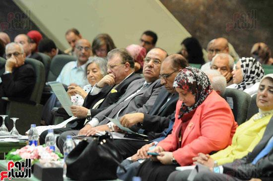 1مؤتمر لجهاز الاحصاء لاعلان معدلات الفقر  (4)