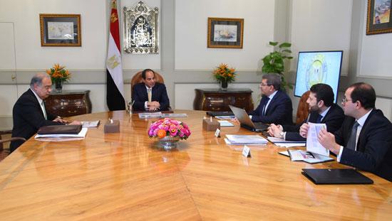 السيسى يجتمع برئيس الوزراء (4)