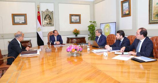 السيسى يجتمع برئيس الوزراء (5)