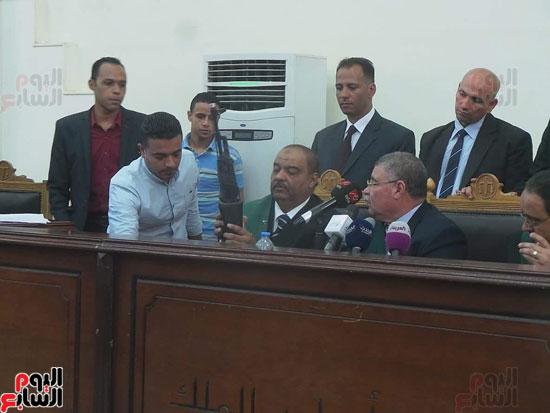 1أسلحة وذخيرة وعلامة رابعة ضمن أحراز المتهمين بـاغتيال النائب العام (5)