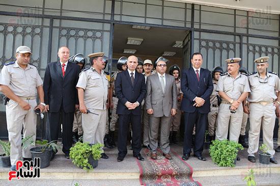 عيد الفطر المبارك، المنوفية،تهنئة افراد قوات الامن، محافظ المنوفية يزور قوات الامن (3)