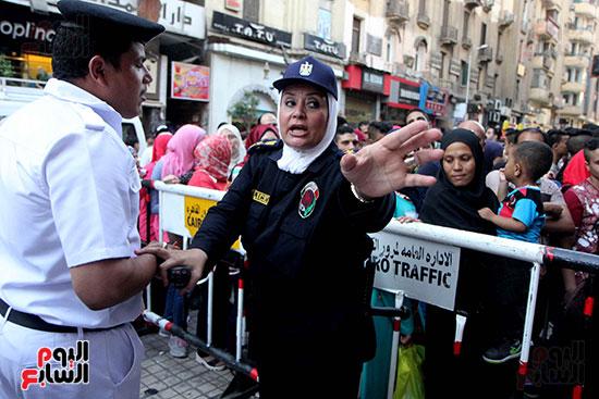 تأمين الشرطة النسائية  (1)