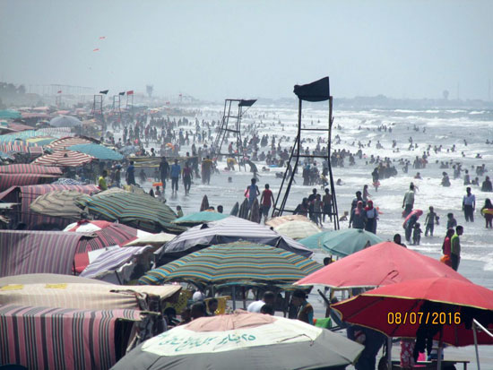 شاطئ بورسعيد (1)