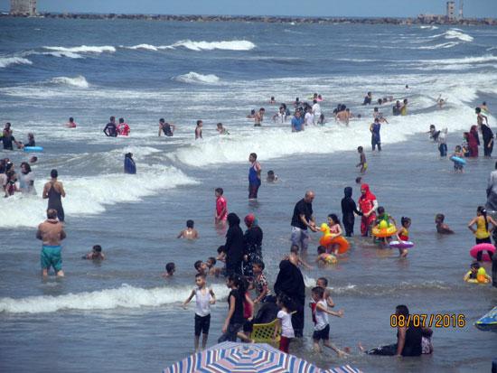 شاطئ بورسعيد (3)