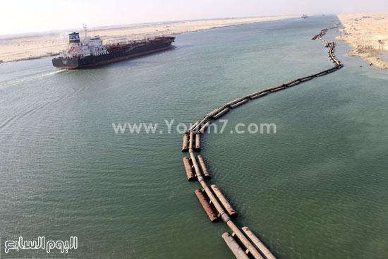 صورة تجسد كفاح المصريين قناة