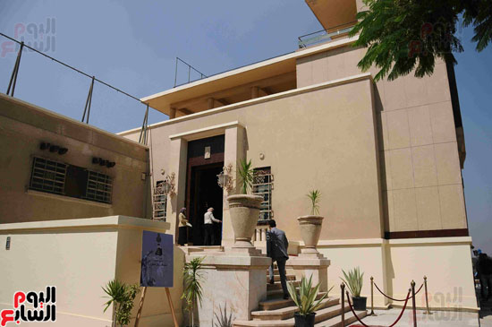 1 (1)وزراء الآثار والثقافة والسياحة يفتتحون متحف ركن فاروق بحلوان
