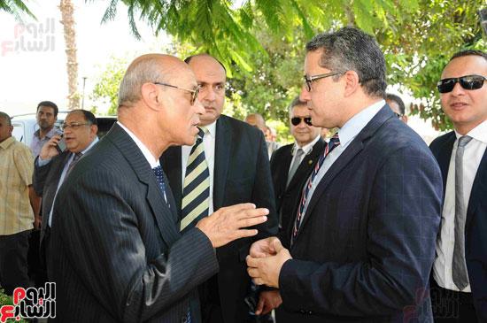 1 (4)وزراء الآثار والثقافة والسياحة يفتتحون متحف ركن فاروق بحلوان