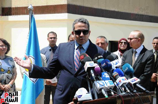 1 (7)وزراء الآثار والثقافة والسياحة يفتتحون متحف ركن فاروق بحلوان