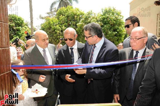 1 (13)وزراء الآثار والثقافة والسياحة يفتتحون متحف ركن فاروق بحلوان